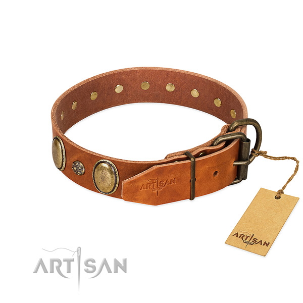 Comfy wearing high quality genuine leather dog collar