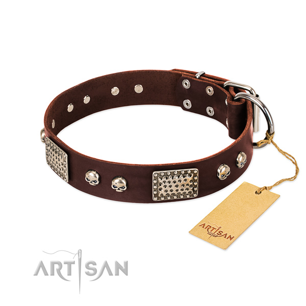 Adjustable full grain genuine leather dog collar for daily walking your doggie
