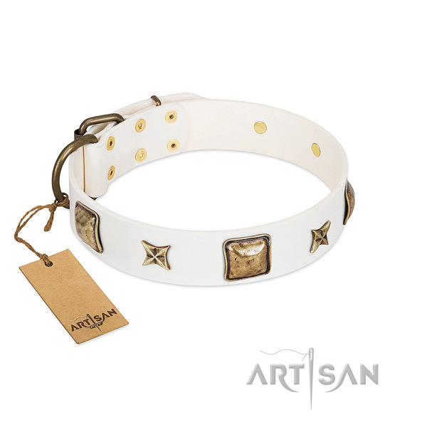 Easy to adjust full grain leather dog collar for easy wearing