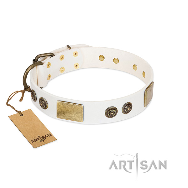 Easy to adjust full grain natural leather dog collar for comfy wearing