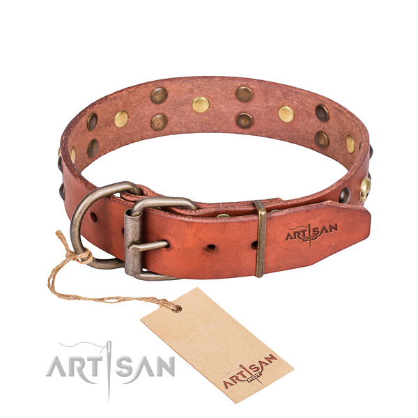 Leather dog collar with smoothed edges for pleasant everyday outing