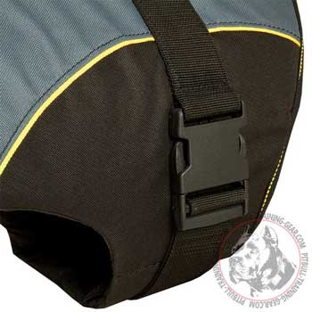 Quick-release buckle of walking vest dog harness for Pitbull